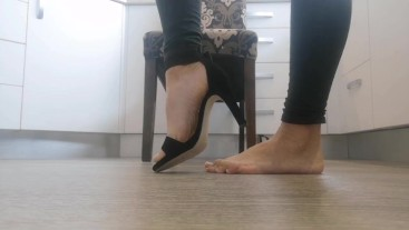 Heels, Soles and Crunching