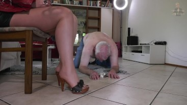 Sexy Nylons and a Thrilling Game