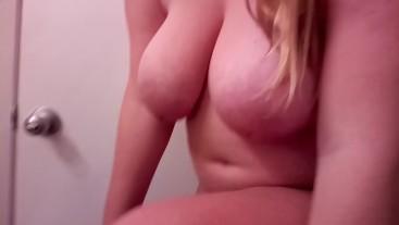 Busty Boobs - 2GdI