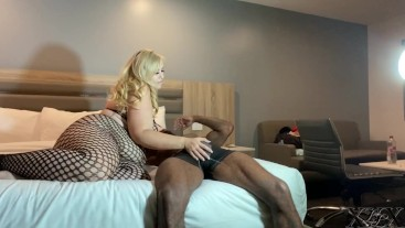BBW Hotel Hookup with Pressure the Entertainer