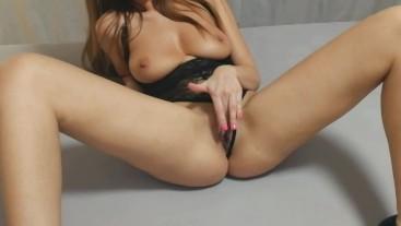 Hot Girl Masturbating and Fucking Hard Short Version