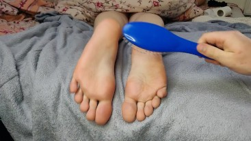 Torture feet tickle
