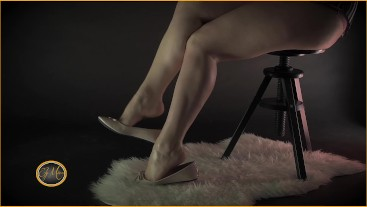 Candid dangling in Ballet Flats foot fetish - Ely Mira