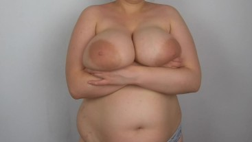 Bouncing my big tits in bras