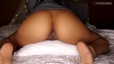 Pussy Grinding and Pillow Humping Before Bedtime