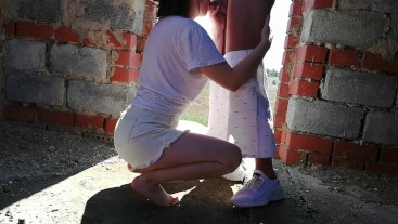 Schoolgirl blowjob in an abandoned building