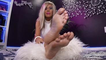 Feet With Benefits - Nikki Ashton