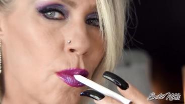Lips On A Cigarette - Nikki Ashton