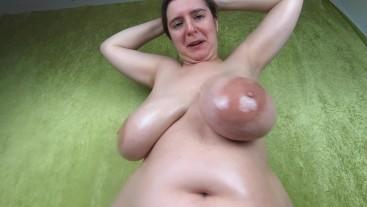 Bouncig tits from below