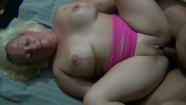 Blonde amateur creampied by black dick