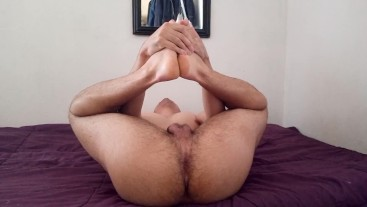 Twink Stretching Naked and Showing Asshole Socks and Feet
