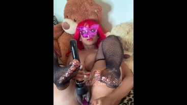 Naughty redhead pussy play