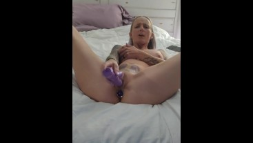 Watch dazed fuck herself till she cums and pulls out her butt plug